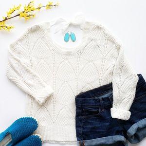 LC Lauren Conrad White Knit Sweater Size Small